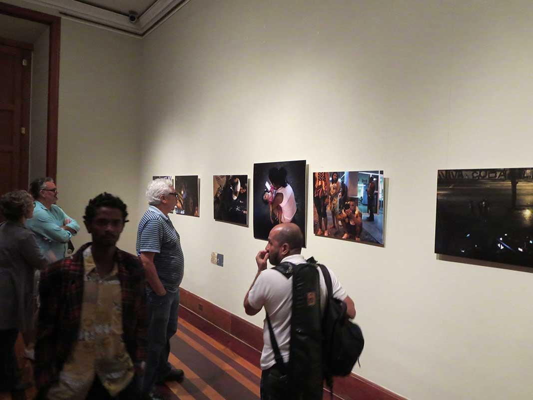 casa-2-imagem_Luiz-Frota_wifi-Cuba_09